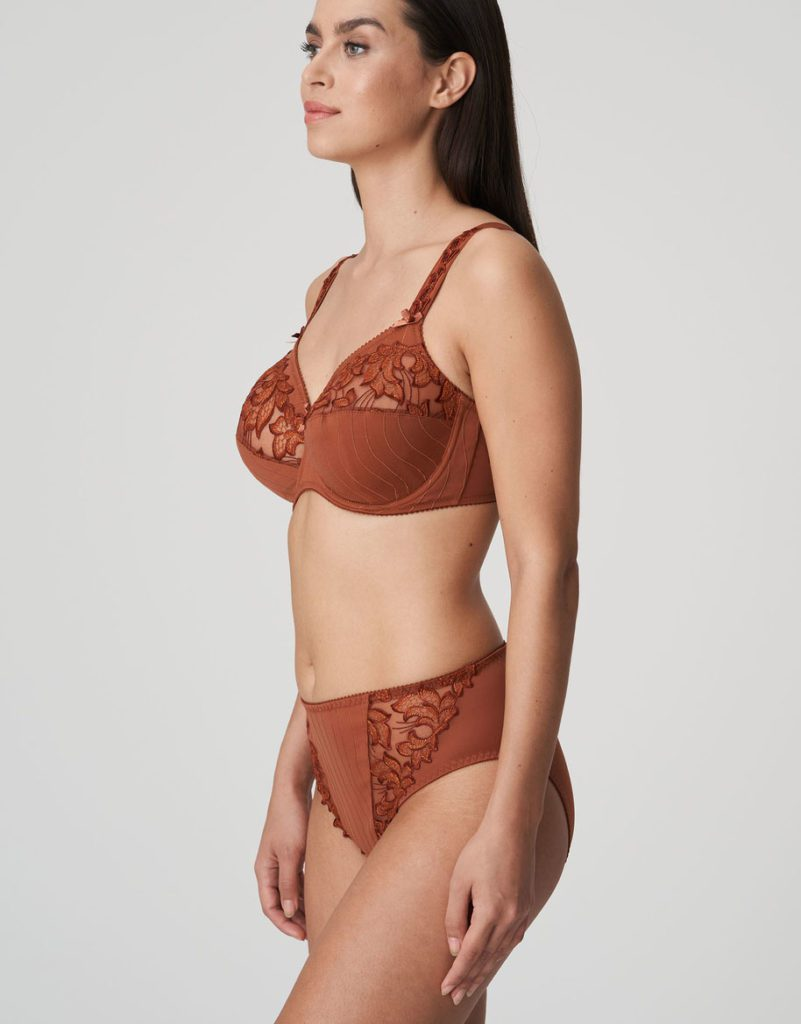 Side image of Woman wearing Prima Donna Deauville in Cinnamon Red Full Brief with matching bra