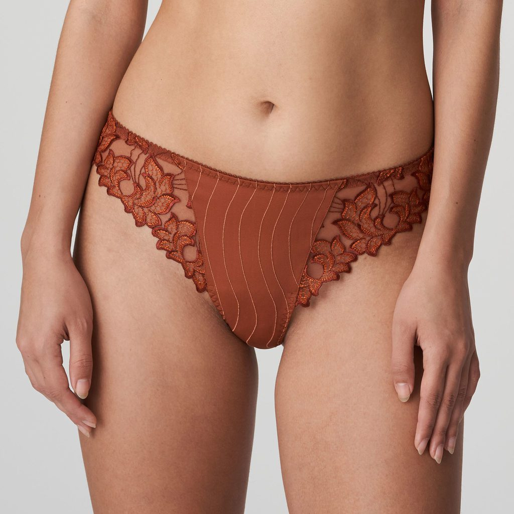 Front image of Woman wearing Prima Donna Deauville in Cinnamon Red G-String
