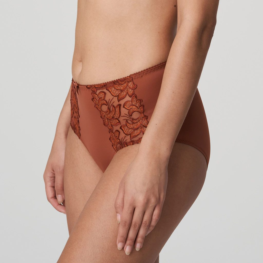 Side image of Prima Donna Deauville in Cinnamon Red Shorts Brief